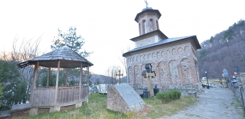Mănăstirea Cozia Veche